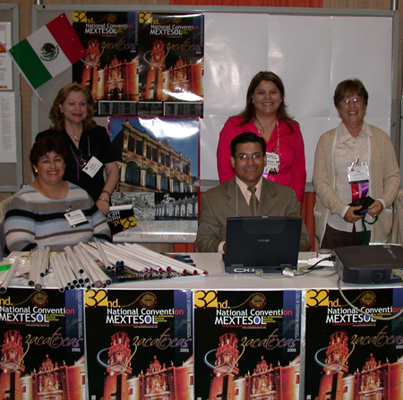 The MEXTESOL team enthusiastically promoted their upcoming Zacatecas convention!